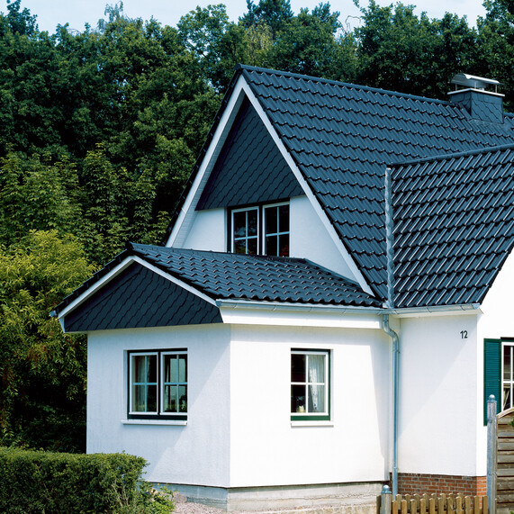 Detached house with roof tile